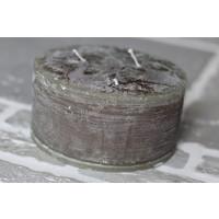 Brede stompkaars rustic olive 15 cm