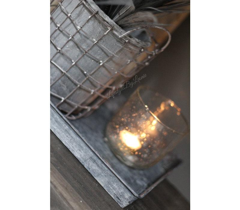 Grijze draadmand met stenen pot 16cm