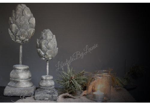 Stenen Artisjok op voet 25 cm