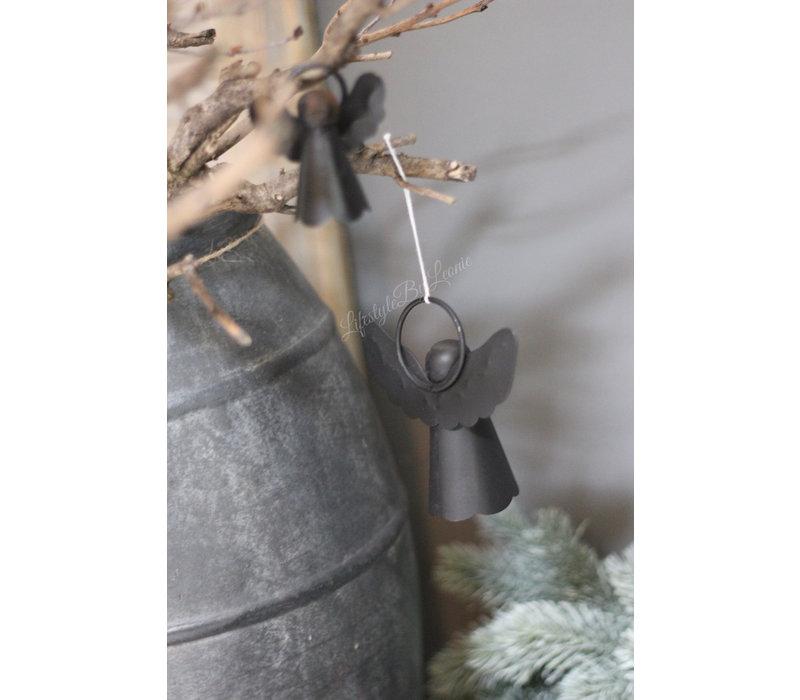 Zwarte metalen hanger engel 10.5cm
