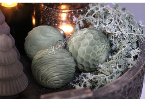 Glazen kerstbal Sober green 10 cm