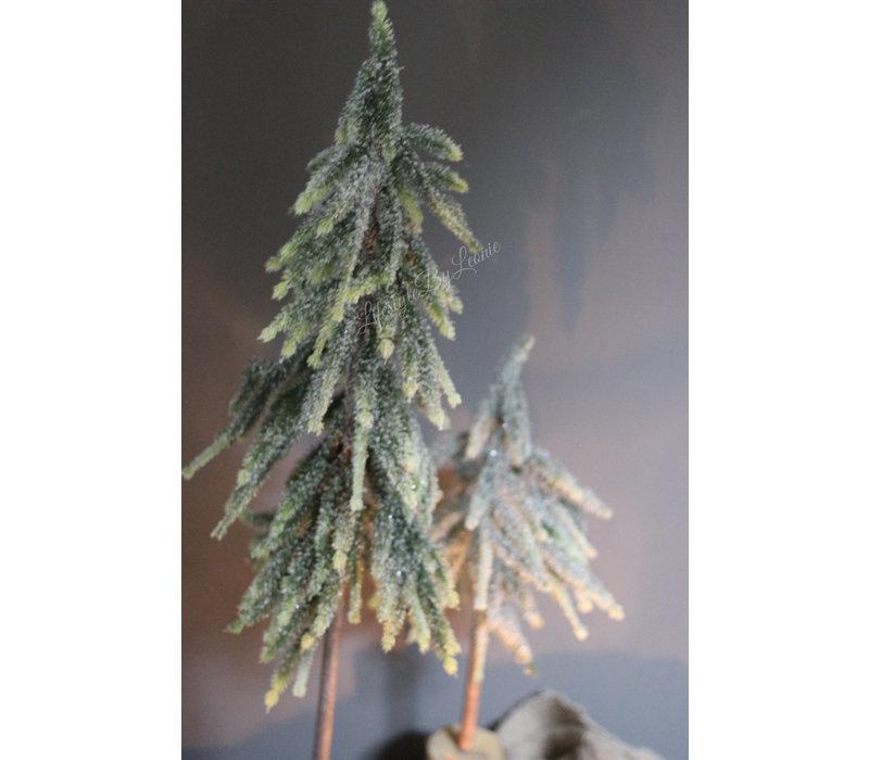 Hoge smalle kerstboom op houten voet Half 50 cm