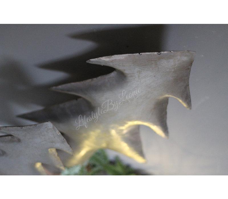 Smalle hoge zinken kerstboom op voet 54 cm