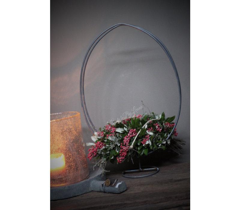 Metalen kransen Ei frame op voet 50 cm