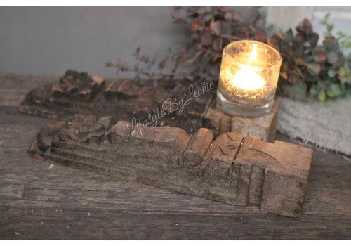 Authentiek houten bouw ornament