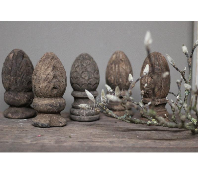 Houtsnijwerk ornament Pine
