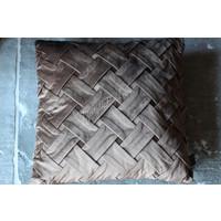 Velvet gevlochten kussen Bison brown 45 cm