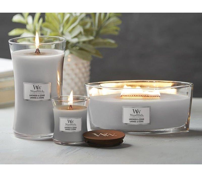 WoodWick Lavender en cedar hearthwick flame