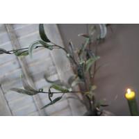 Brynxz zijden Eucalyptus tak met bessen 100 cm