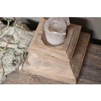 Authentieke oude houten poer