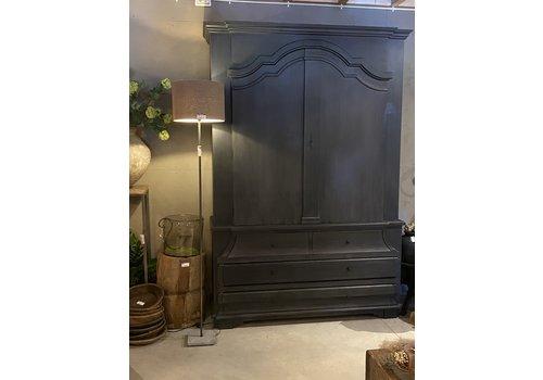 Buffetkast Durham black wash 230 x 160 x 51,5 cm