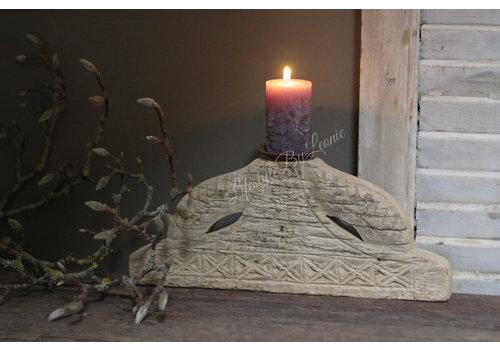 Houten poer/ornament kandelaar Carved