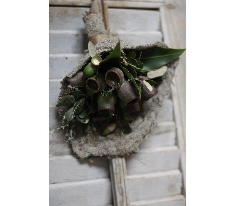 Toef in shabby doek Eucalyptus balls