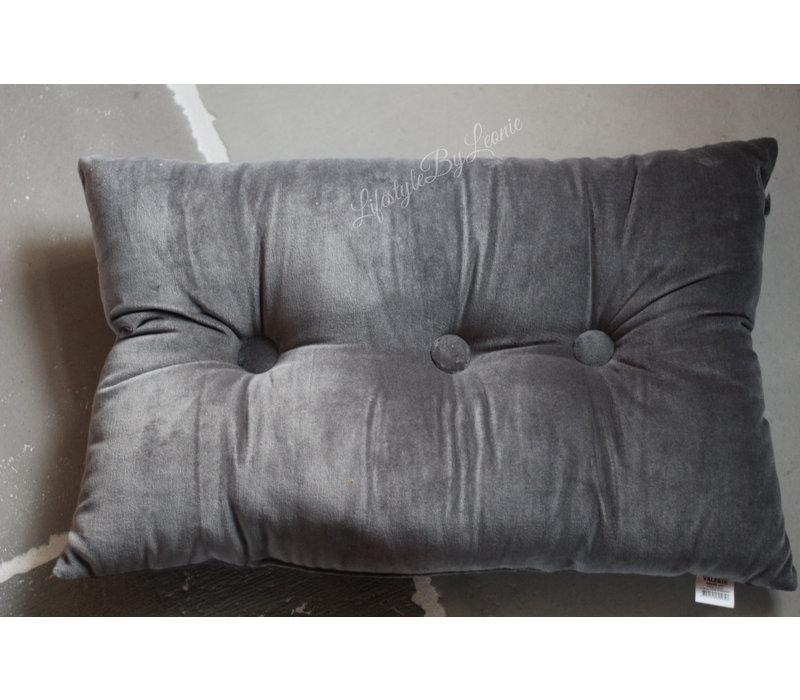 Velvet kussen met knopen Charcoal 60cm