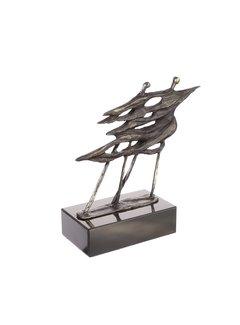 Bronzen beeld Voor de wind