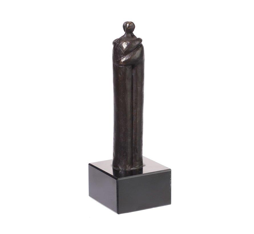 De omhelzing. Sculptuur.