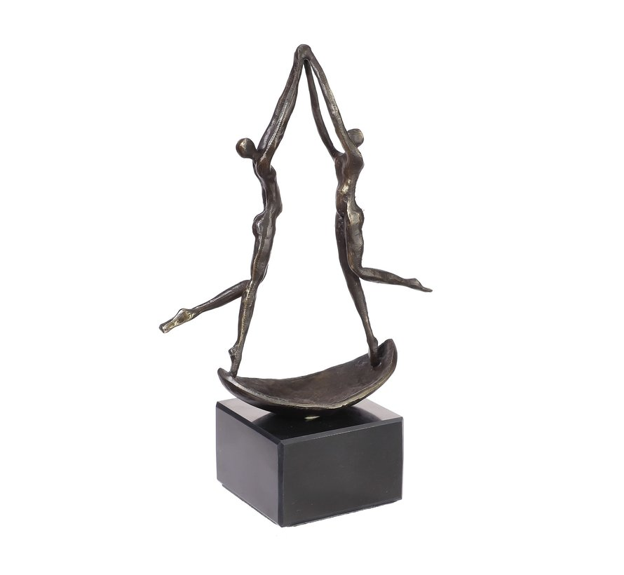 Beeld Een bevlogen team Sculptuur. Zakelijk  cadeau idee.
