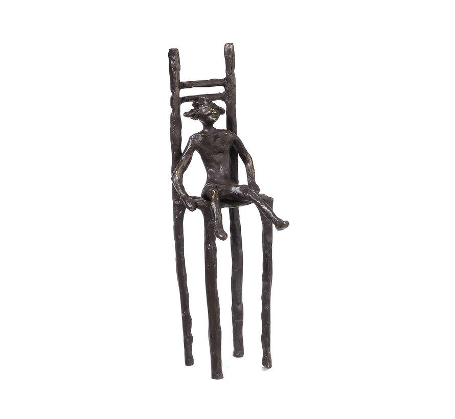 Meisje op stoel Bronzen beeldje