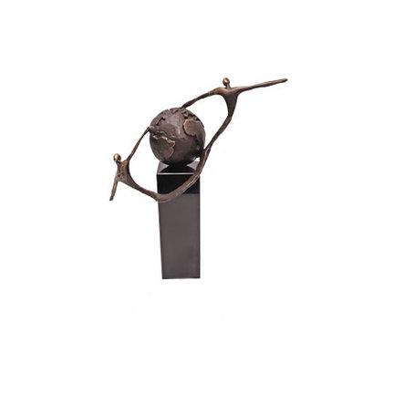 Bronzen beelden met liefde