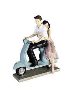 Beeld stel op scooter