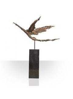 Corry Ammerlaan Beeld Met het juiste doel voor ogen op vleugels van goud