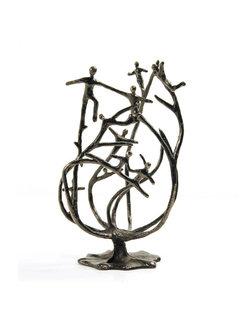 Corry Ammerlaan Sculptuur de stam van de organisatie