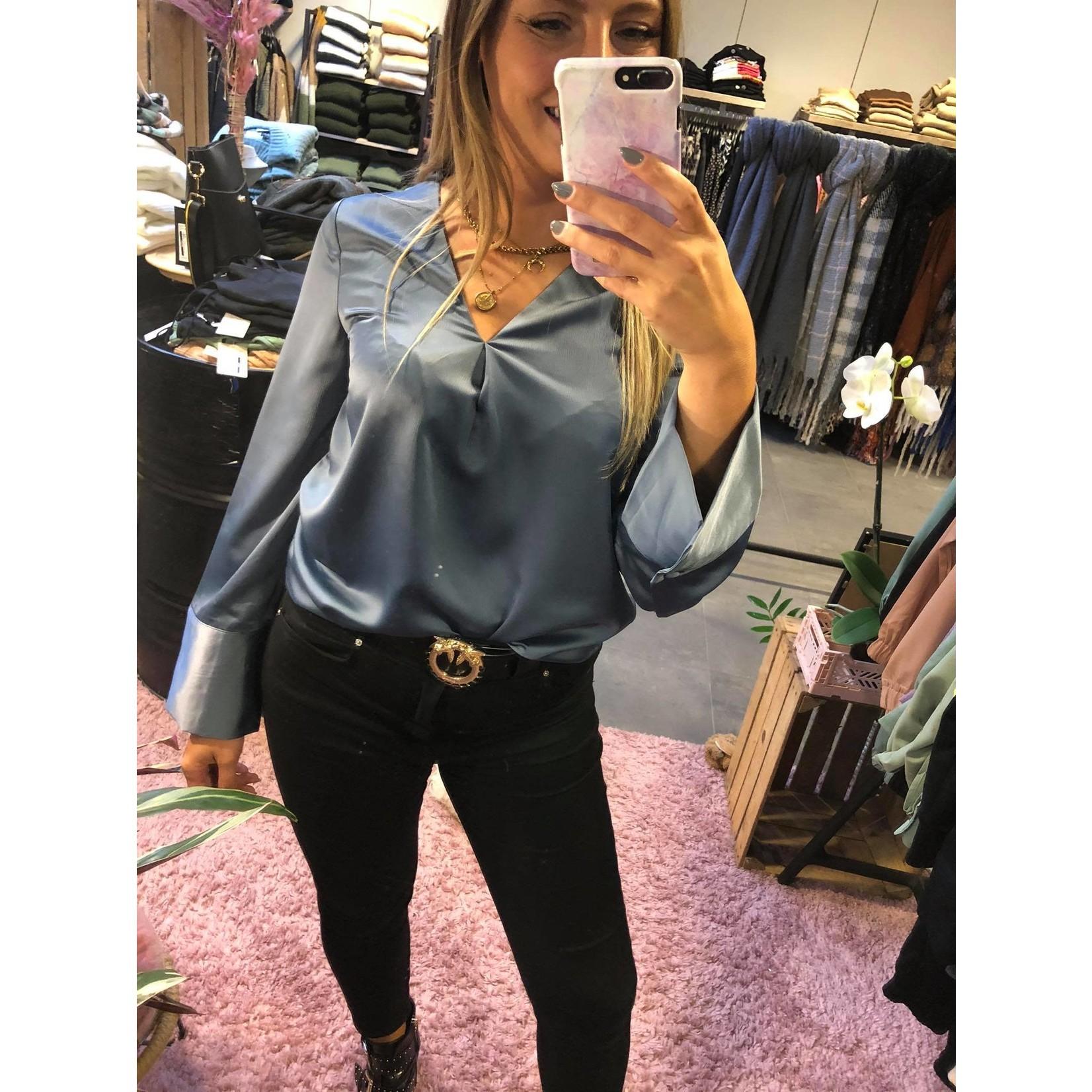 Charlotte blouse dusty blue