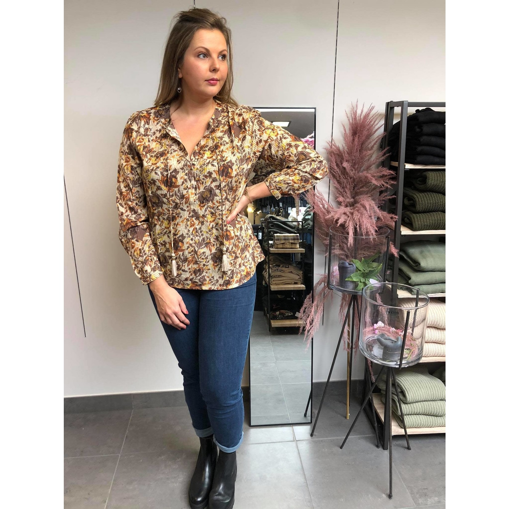 AugustaCR blouse brown fall leafs