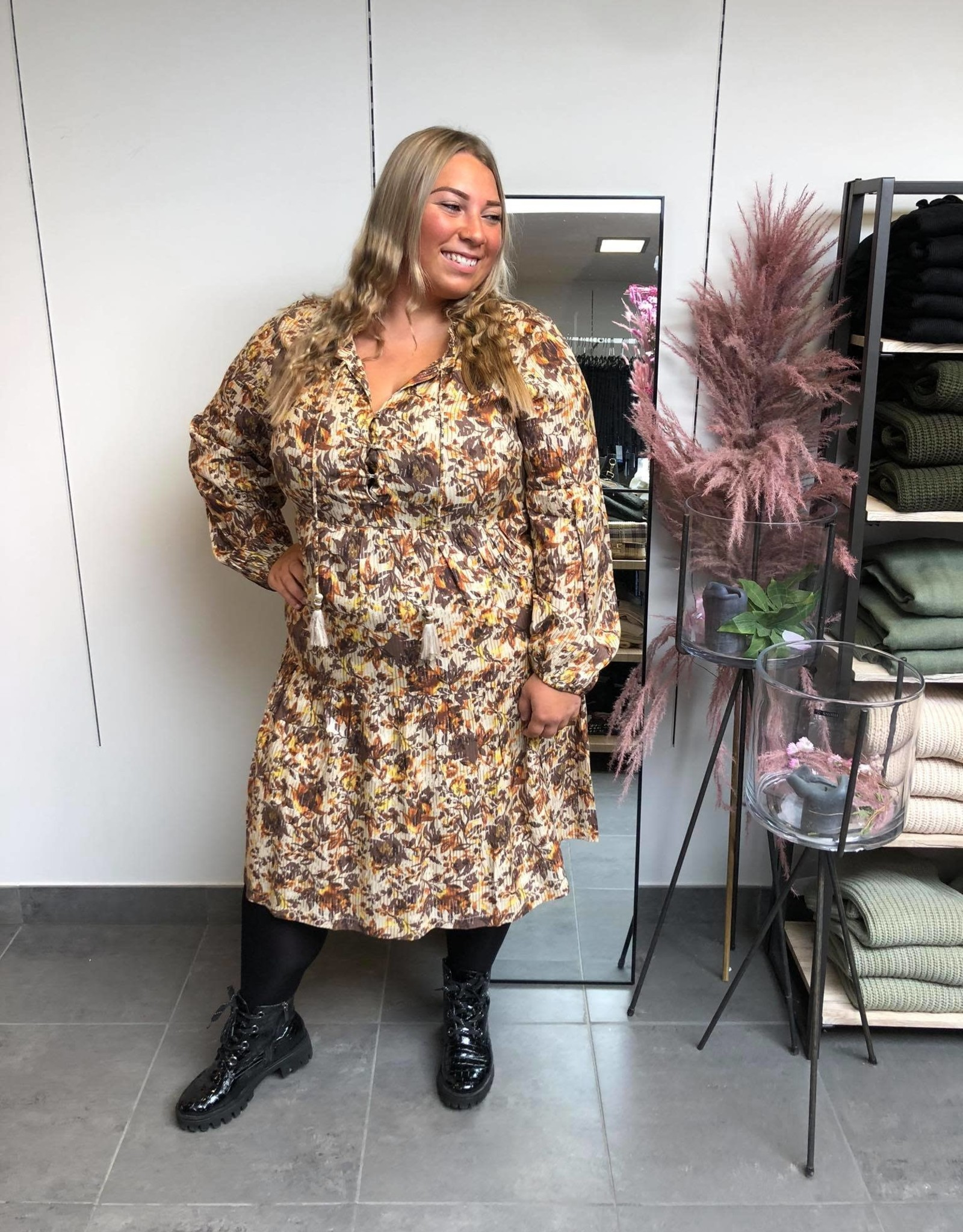 AugustaCR dress brown fall leafs