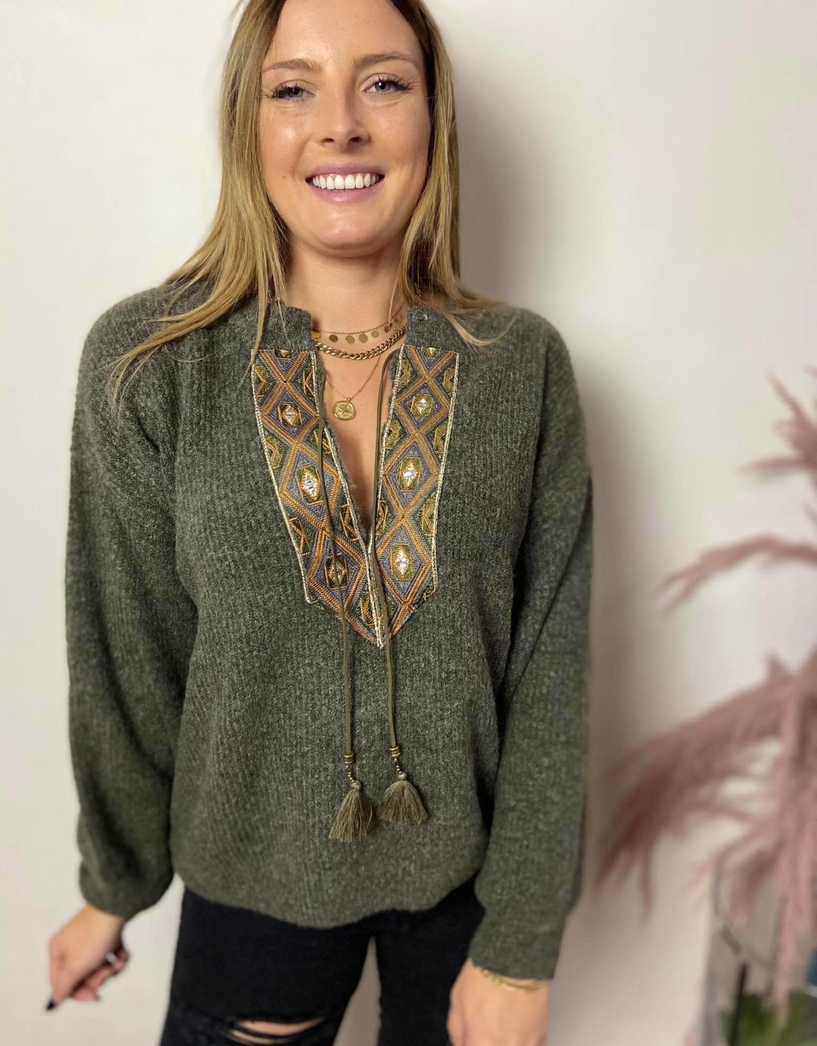 Laracr knit pullover sea turtle
