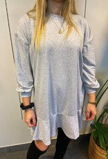 Sweatshirt dress with ruffles gray TU