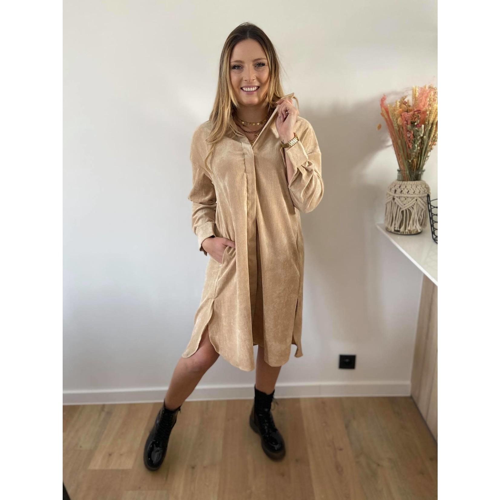 Shirt dress in corduroy beige