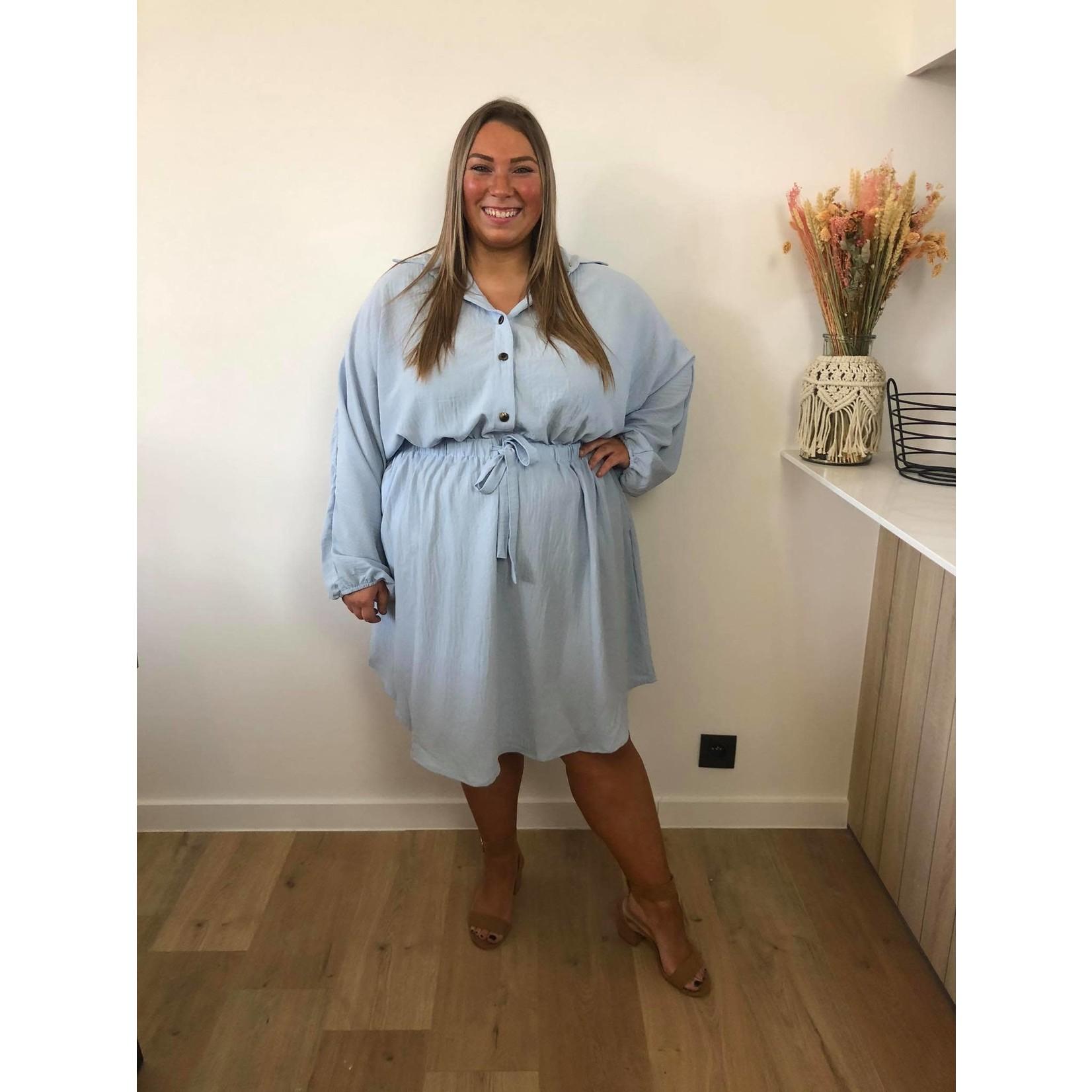 Sweet buttoned dress blue