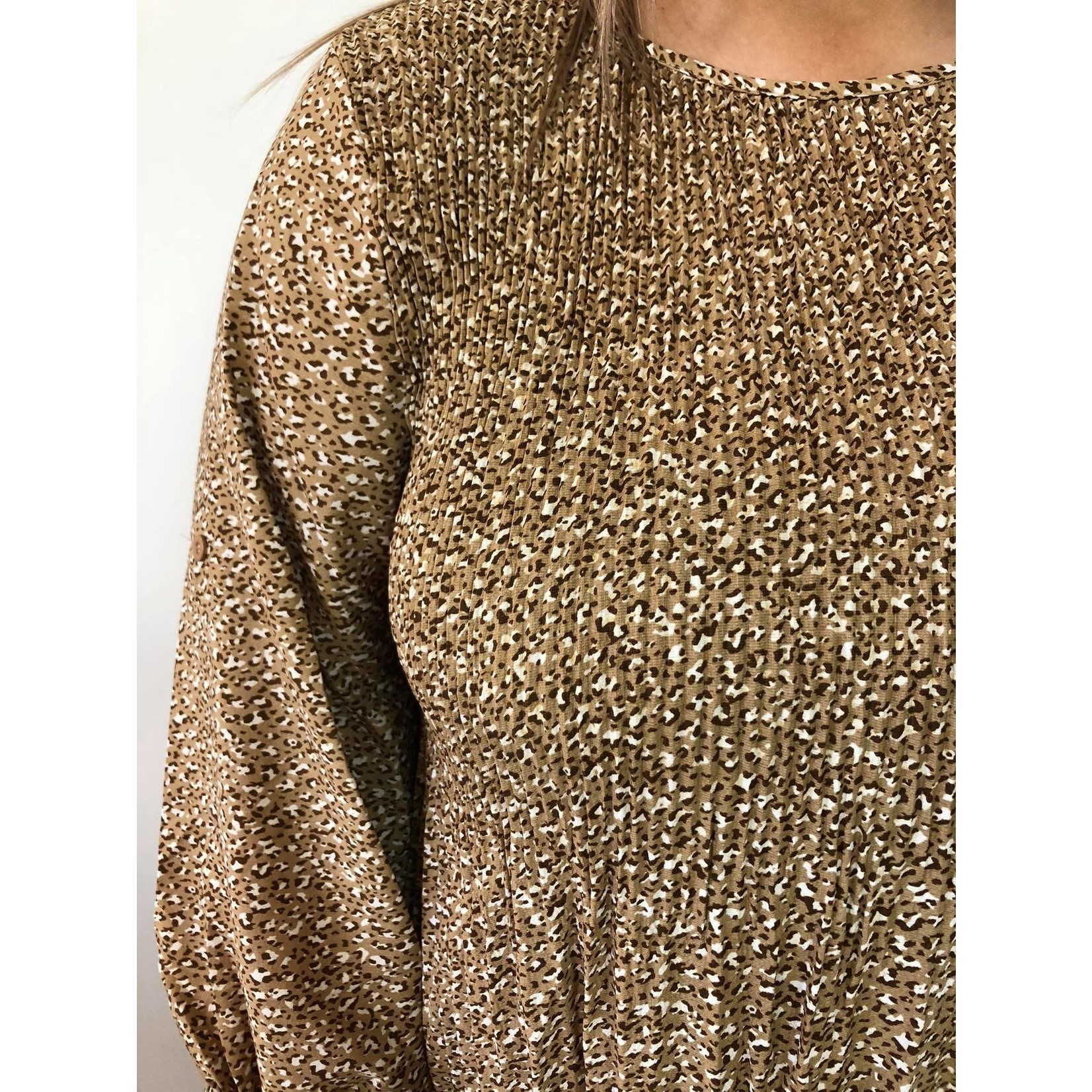 Patterned pleated tunic  beige