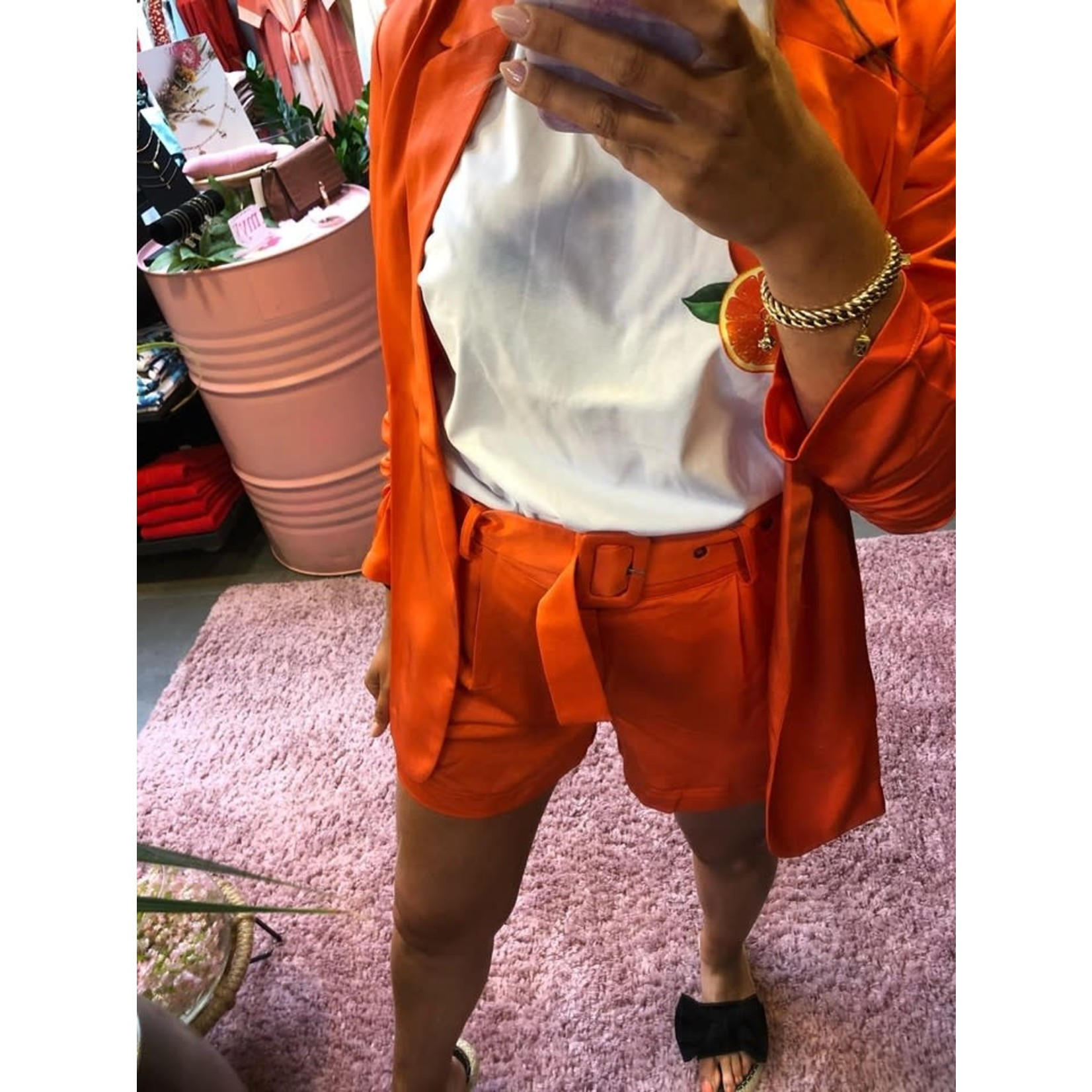 Kelly satin belt short orange