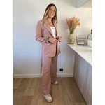 Perfect suit roos TU