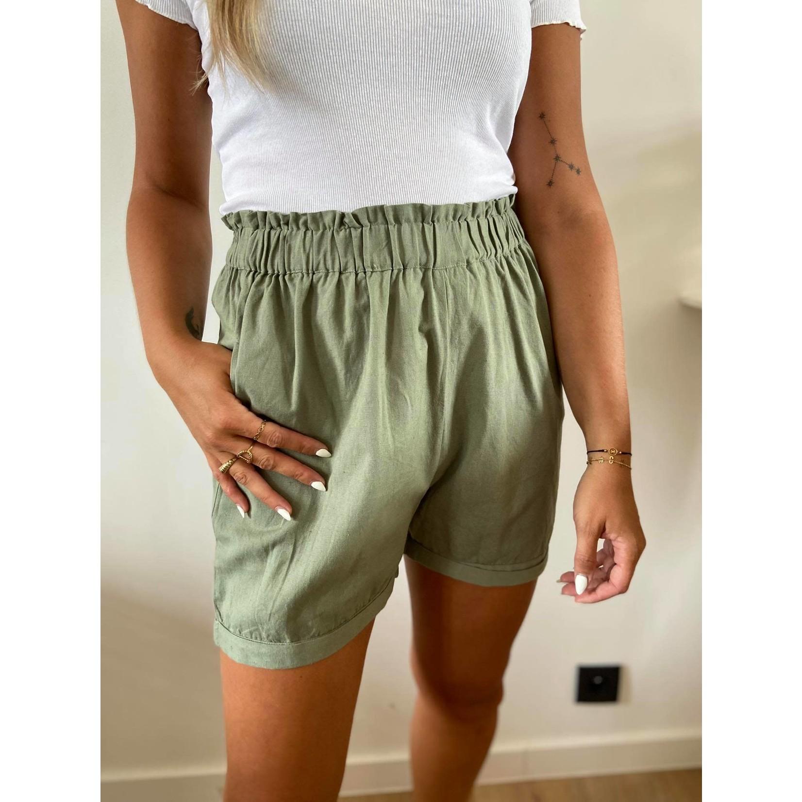 Alina shorts light army