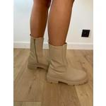 Let it rain boots beige