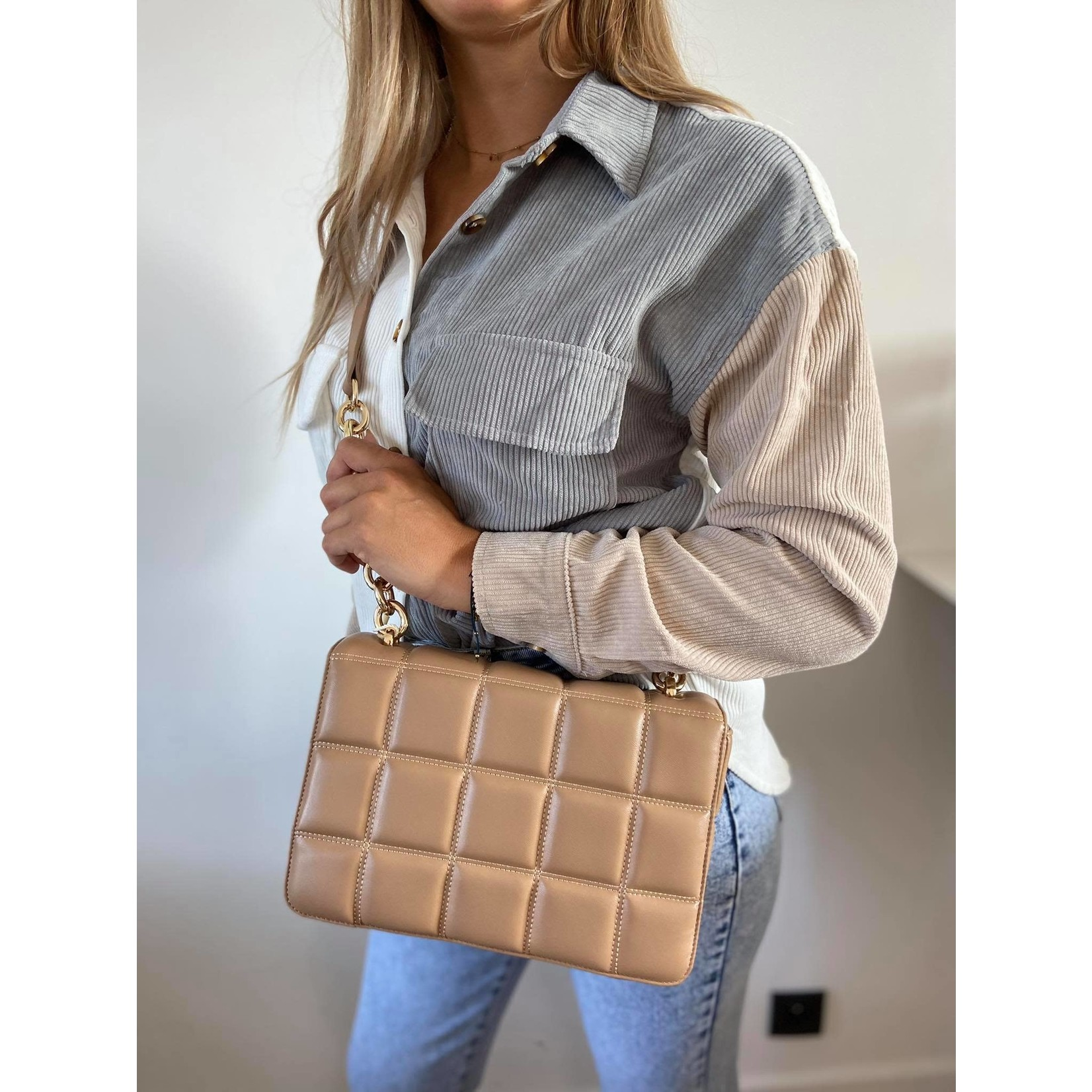 Quilted bag camel