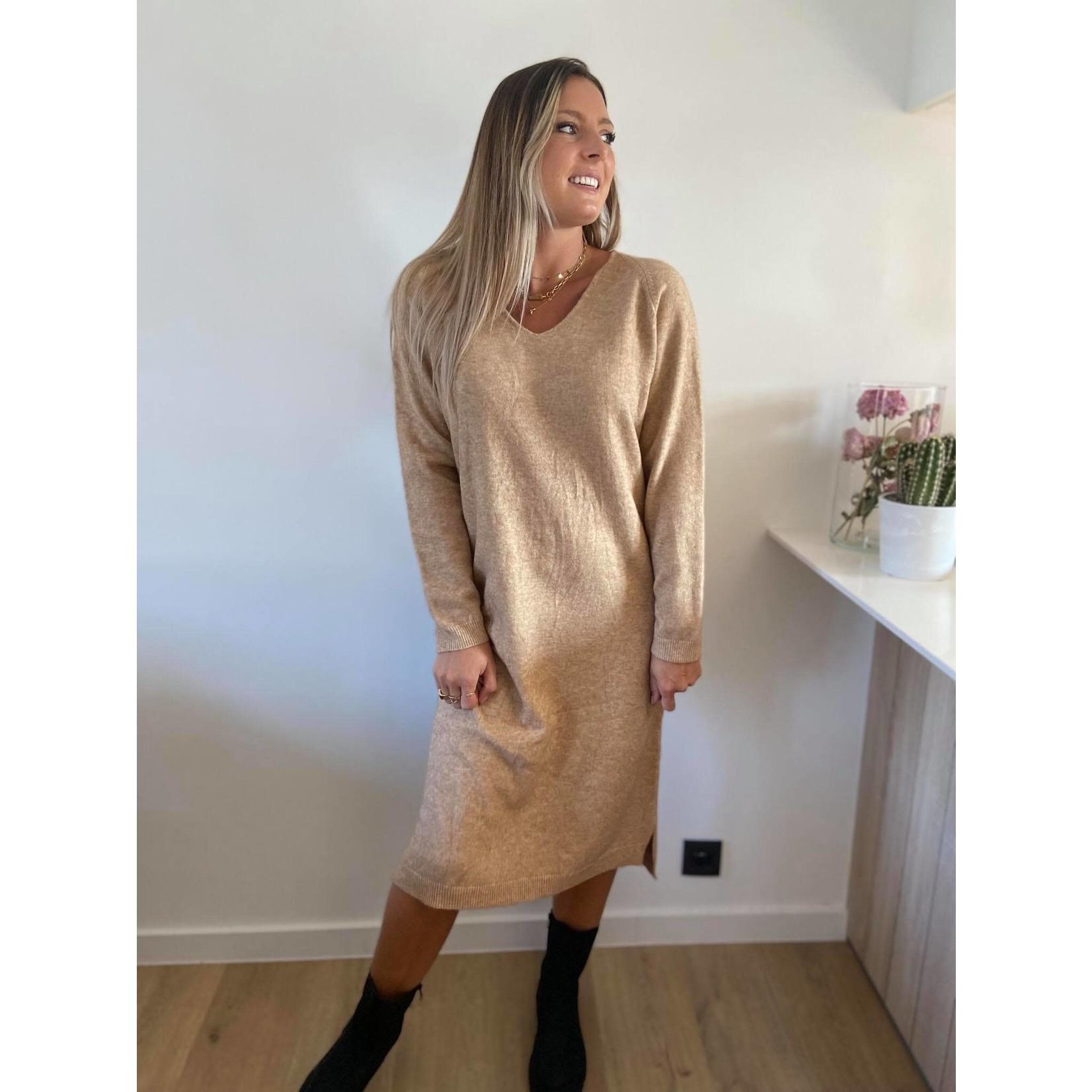 Soft v-neck issa dress camel TU