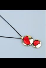 Axxes-Soir Korte zwarte ketting - goudkleurige hanger met rood