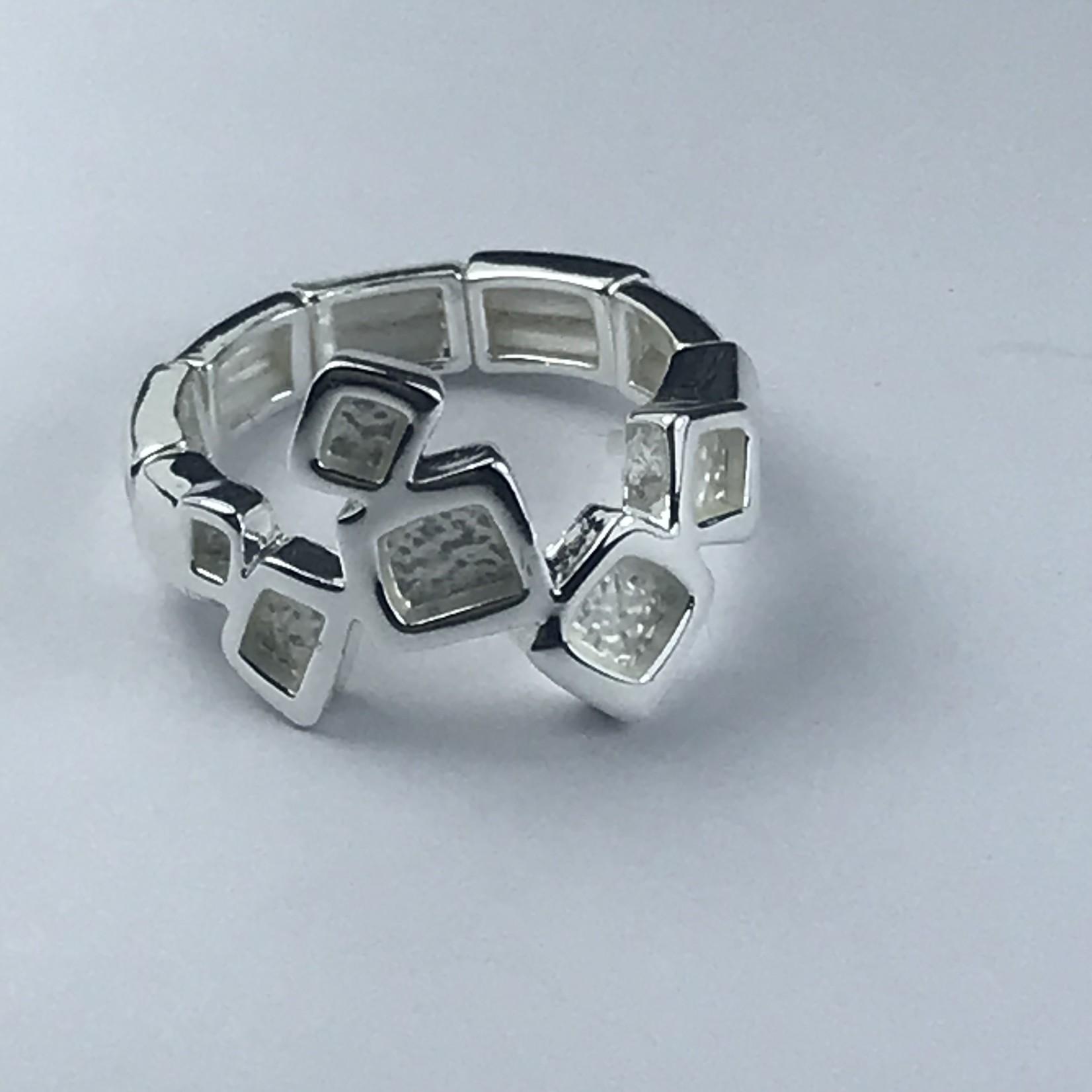 Axxes-Soir Ring  elastisch zilverkleurig met blokjes
