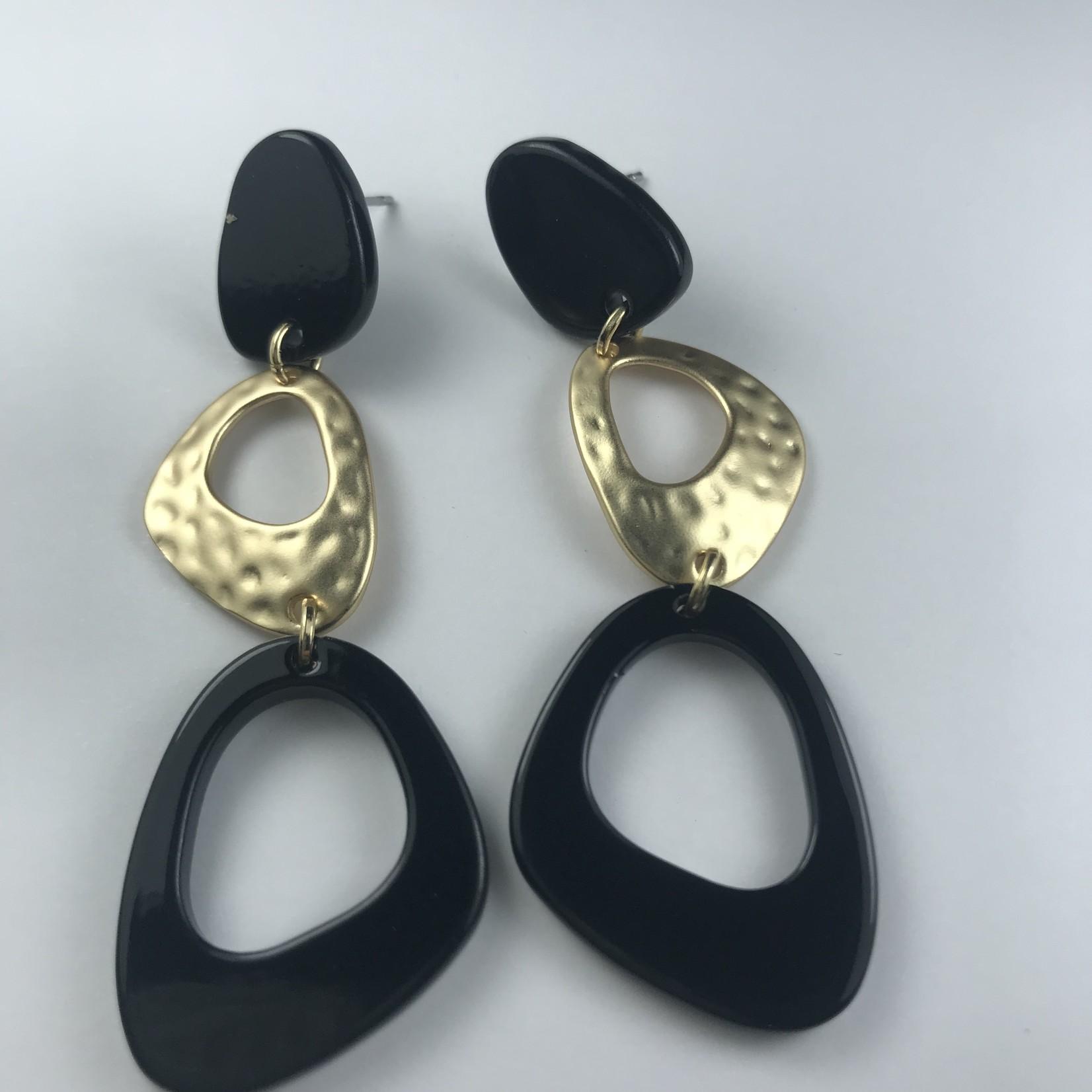 Biba Oorringen goudkleurige hanger - met zwart