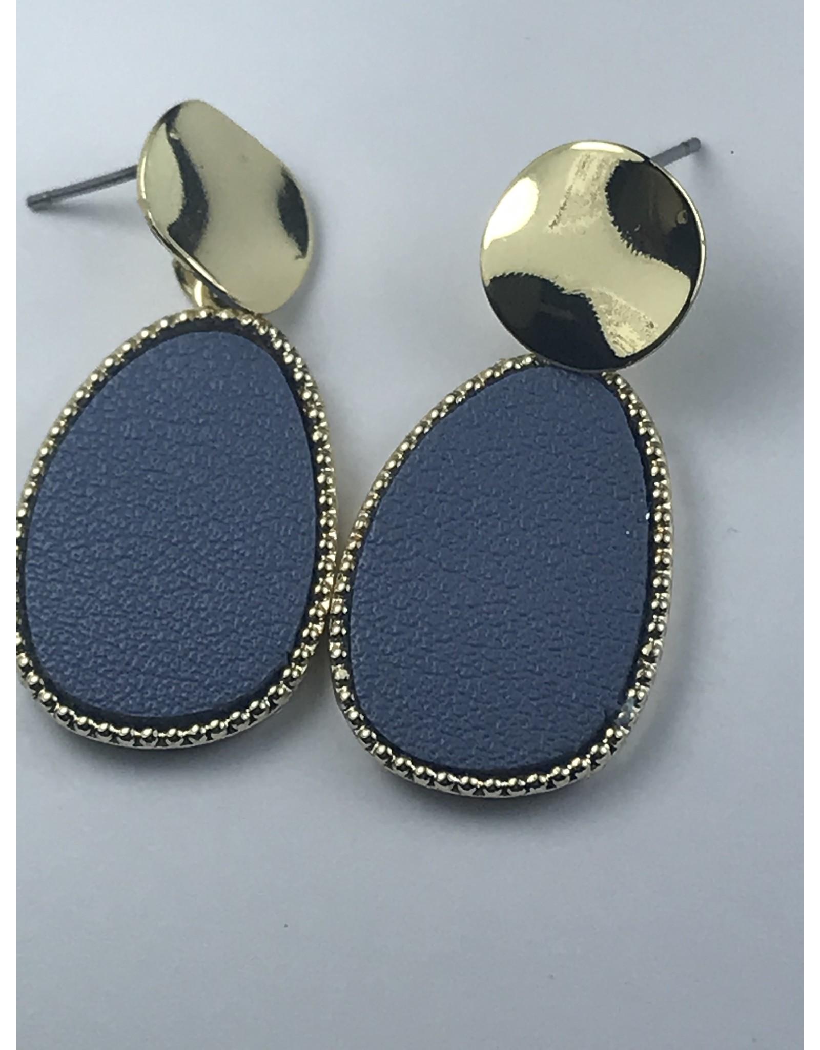 Biba Oorringen goudkleurige hanger  met blauwe ovaal