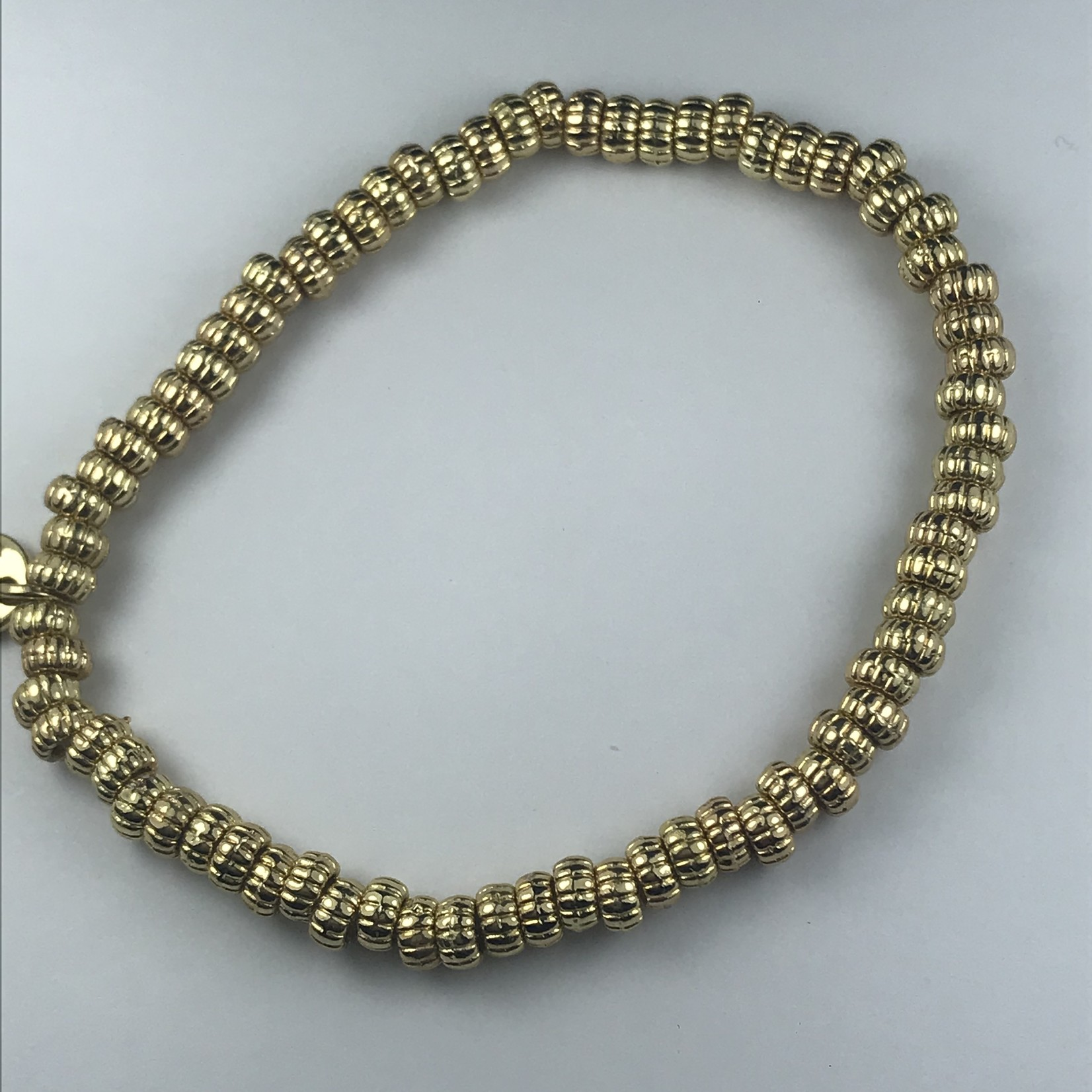 Biba armband goudkleurige fijne ringetjes