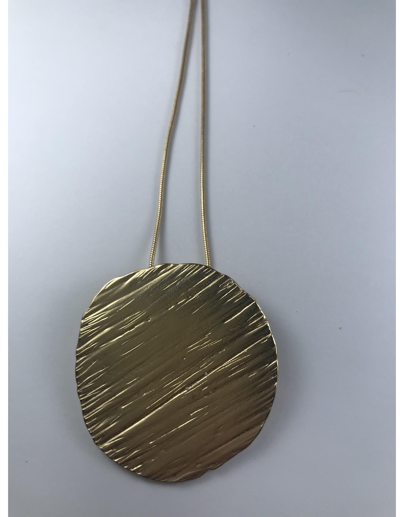 Axxes-Soir lange goudkleurige ketting - met grote ronde plaat