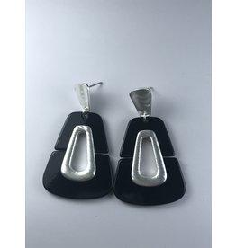 Axxes-Soir Oorringen zilverkleurig en zwarte hanger