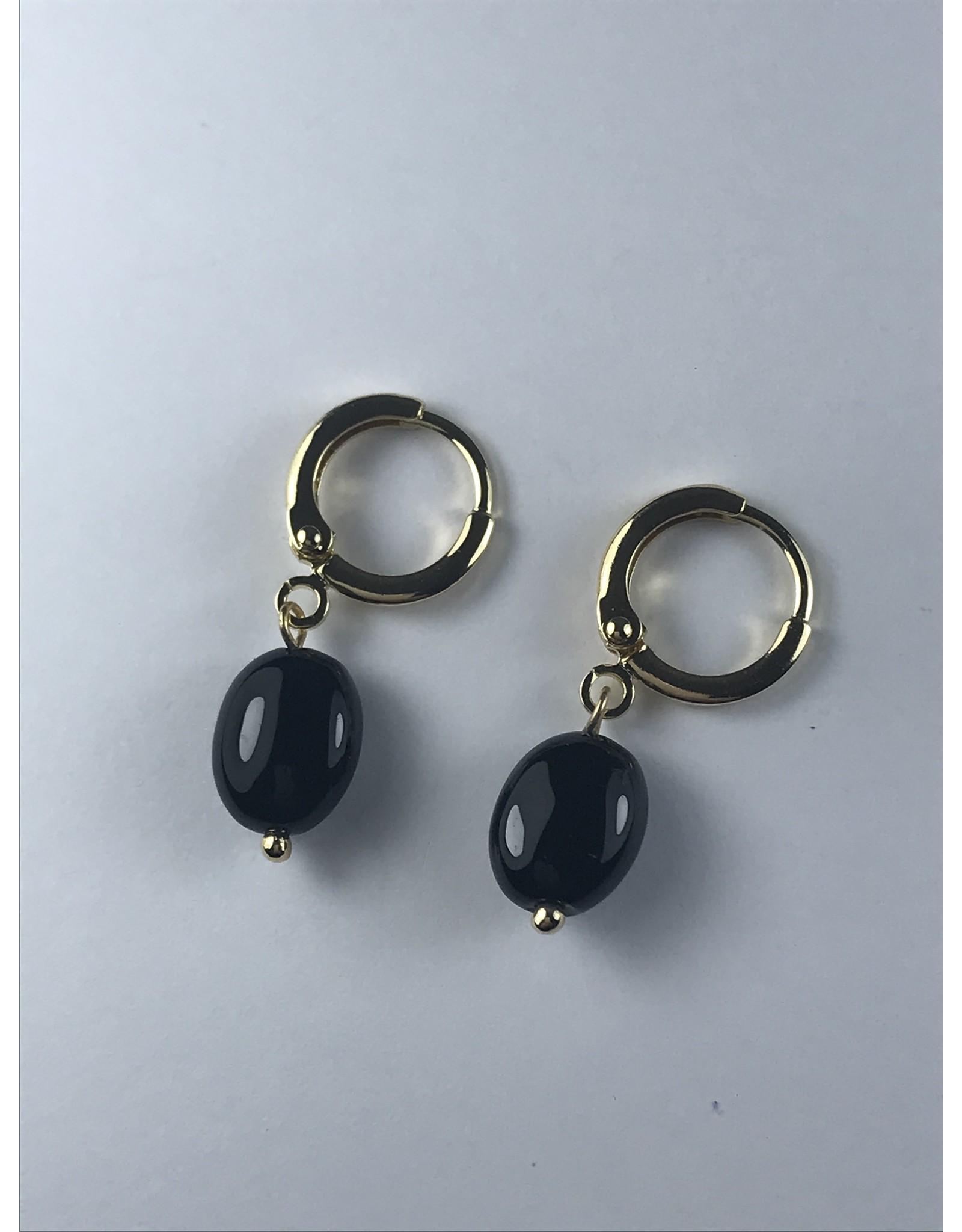 Axxes-Soir Oorringen fijne goudkleurige hanger met zwarte druppel