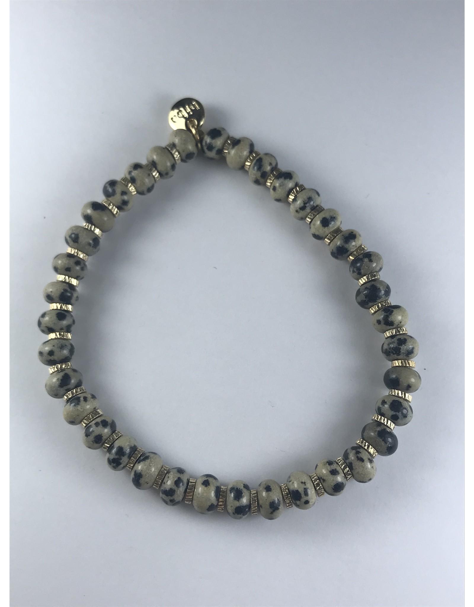 Biba stevige armband - beige-grijze kralen op fijne gouden armband