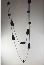 Axxes-Soir Lange ketting goudkleurig met zwarte bolletjes